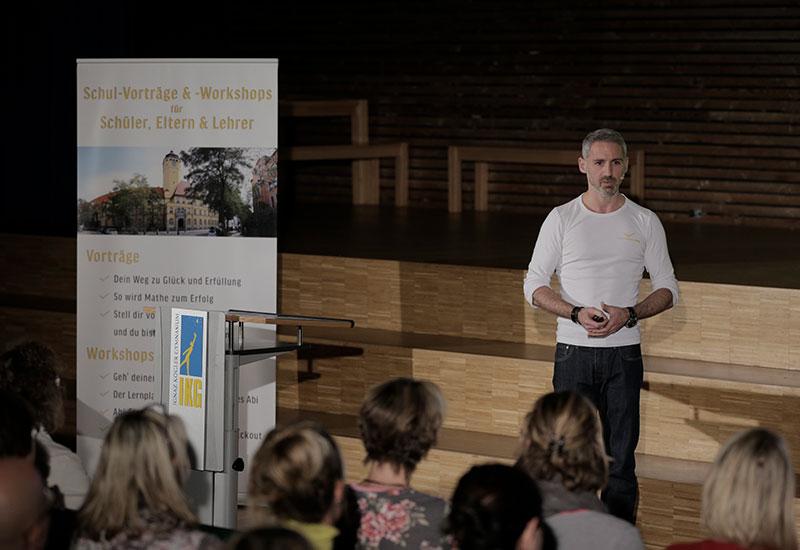 Kostenloser Vortrag für Schulen & Hochschulen – startupyourlife